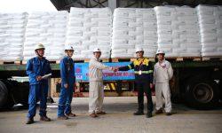 An Thành Bicsol và Công ty Cổ phần Lọc hóa dầu Bình Sơn (BSR) giao nhận 150 tấn sản phẩm hạt nhựa mới T3050 (Nguồn: BSR.com.vn)